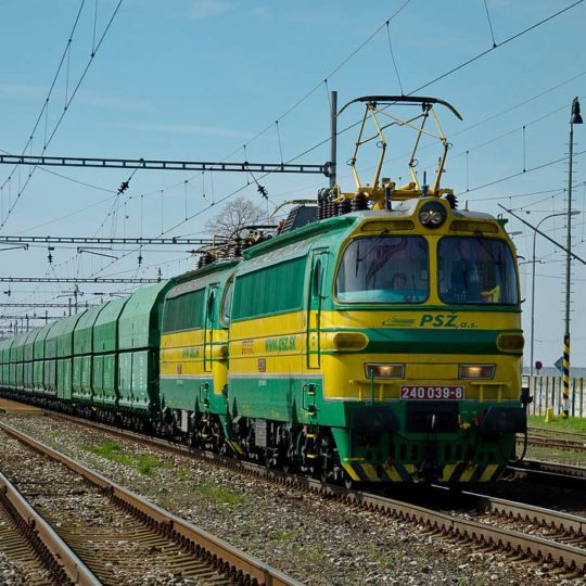 http://www.psz.sk/wp-content/uploads/2018/01/240-039-a-240-128-PSZ-na-vlaku-44813-Sala-10_04_2012-1-540x540.jpg